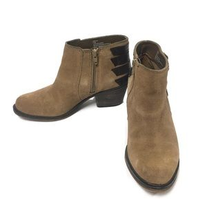 Crown Vintage Joie Tan Suede Ankle Boot Size 7.5